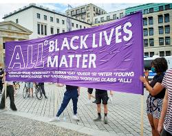 Kundgebung am 04.07.2020 auf dem Parister Platz in Berlin